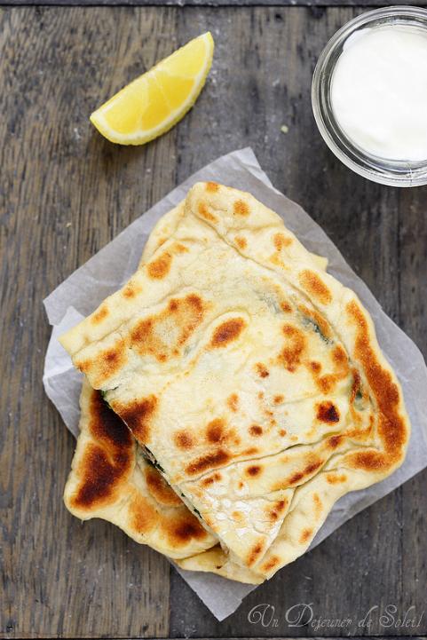 gozleme pain plat turc feta epinards