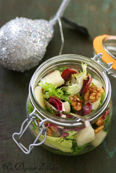 salade melangee poire magret croustillant noix