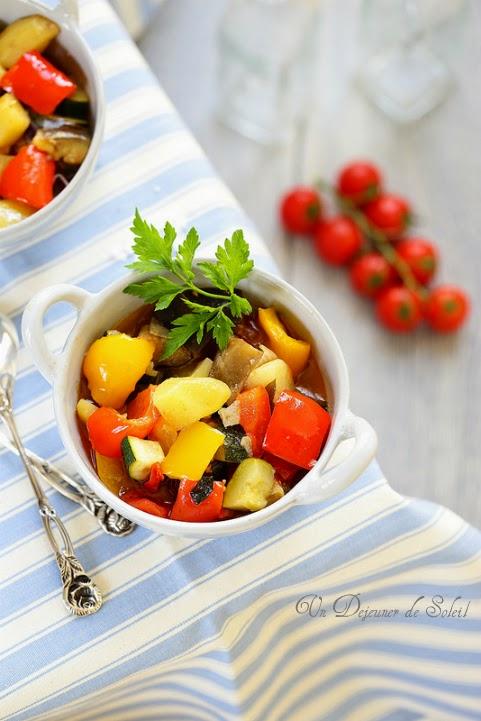 Ciambotta ou cianfotta cocotte de légumes du soleil
