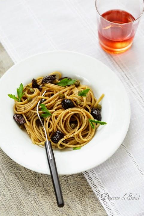 Pates linguine au garum olives et capres