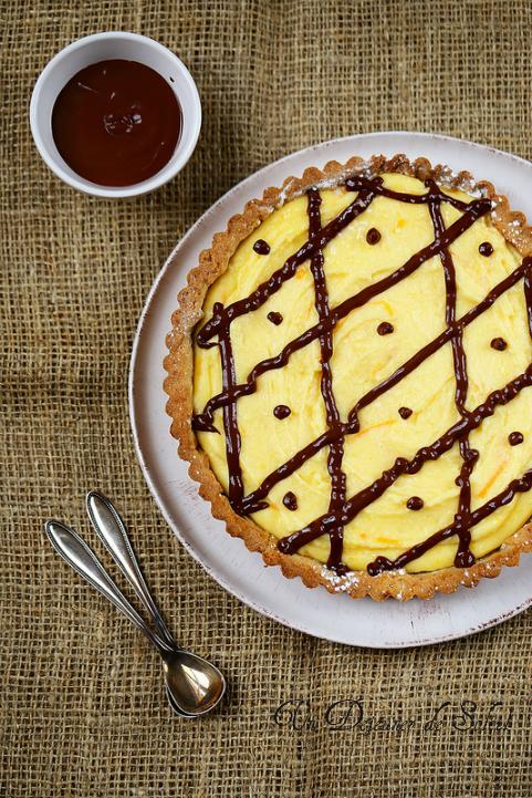 Un déjeuner de soleil : Tarte au curd de clémentine et sauce chocolat