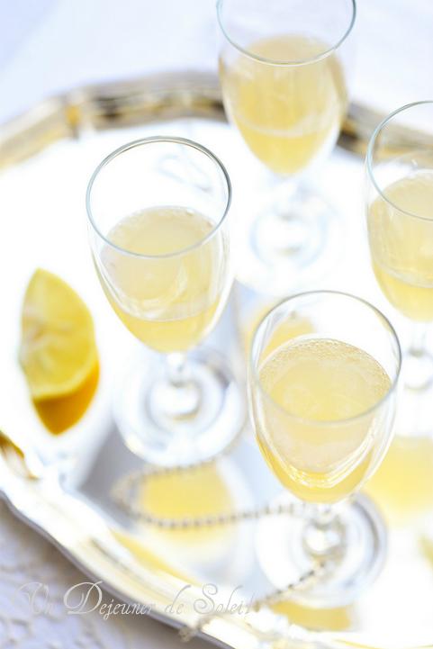 Cocktail de fête au champagne et citron bergamote