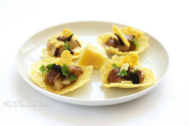 Tuiles fromage au cèpe et truffe