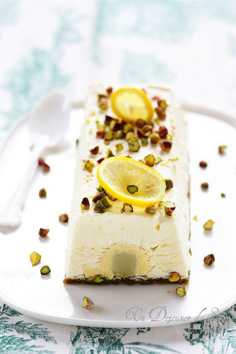 Entremets ou bûche citron pistache (sans gluten)