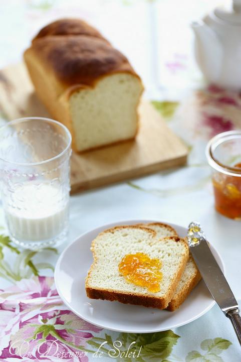 Pain de mie (pan carrè)- white bread