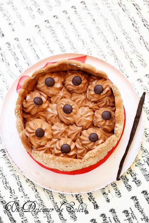 Charlotte chocolat vanille (bavarois vanille et mousse au chocolat)