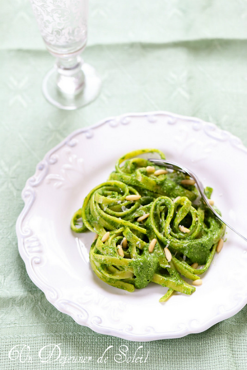 Pâtes au pesto vert - Pasta with green pesto