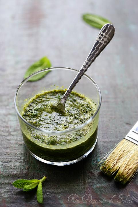 Sauce à la menthe idéale avec des rôtis de viande - Mint sauce
