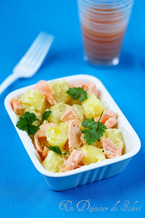salade de pommes de terre nouvelles moutarde et saumon un d jeuner de soleil. Black Bedroom Furniture Sets. Home Design Ideas