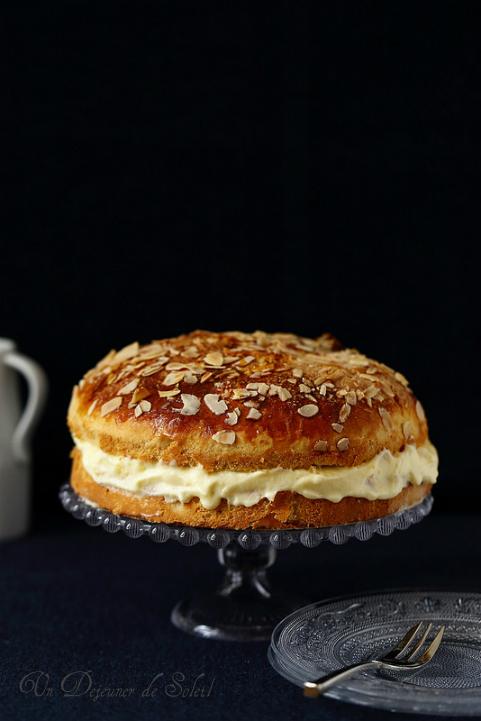 Tarte tropézienne - French brioche with pastry cream