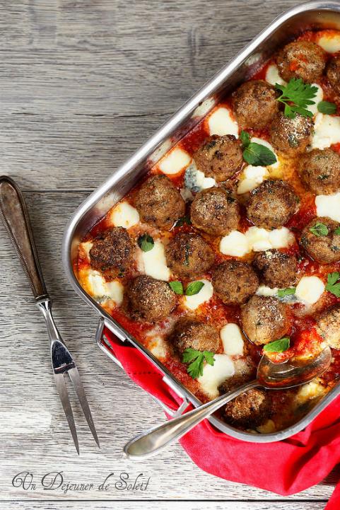 Gratin de boulettes de viande tomates mozzarella