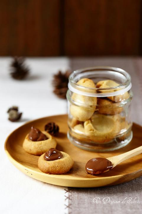 Sablés chocolat blanc garnis de pâte à tartiner chocolat noisette