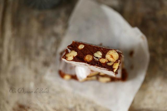 Nougat tendre chocolat noisettes miel