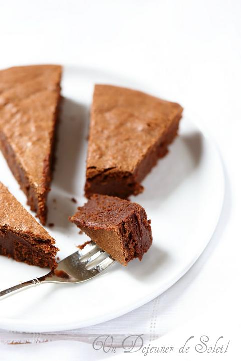 Fondant au chocolat et à la crème de marrons. Une merveille facile et rapide