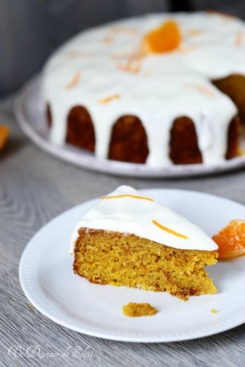 Gâteau moelleux aux clémentine entières et glaçage léger au yaourt