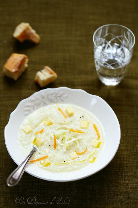 Soupe veloutée de chou blanc au fromage comté et à l'orange