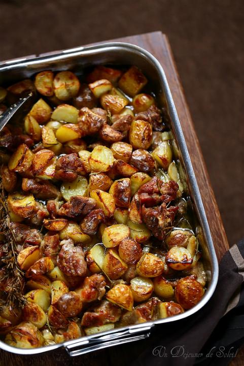 Agneau pascal et pommes de terre au four comme en Italie
