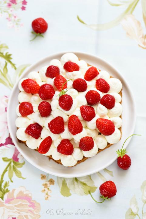 Tarte aux fraises, chantilly mascarpone et sablé breton pour la fête des mères, facile et rapide