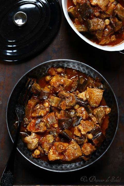 Koresh (cocotte de ragoût de viande aux aubergines et tomates)