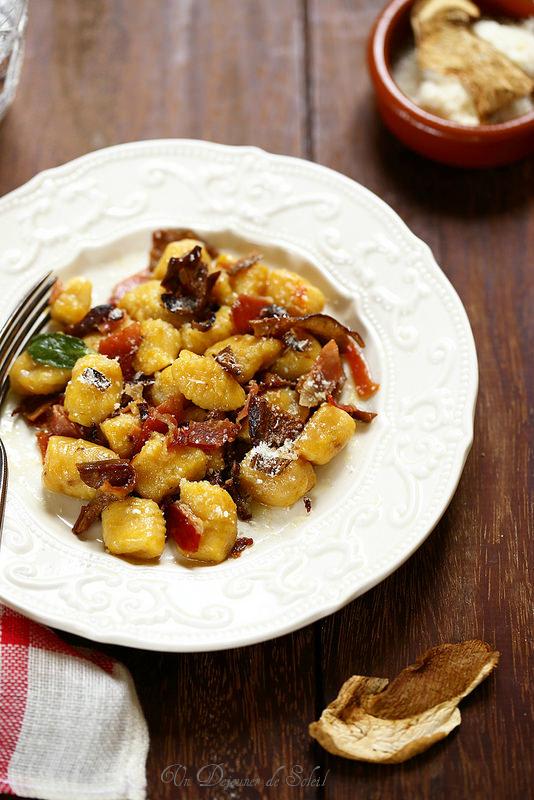 Gnocchi de courge aux cèpes séchés (gnocchi di zucca ai porcini)