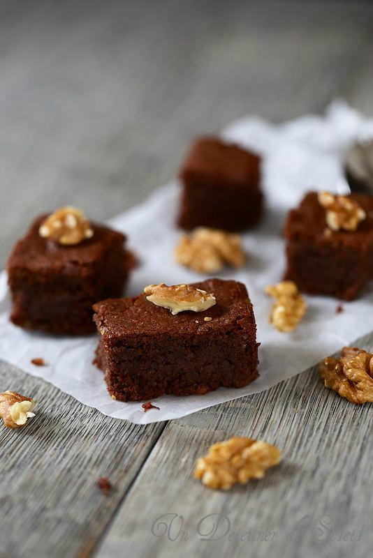 Gâteau au chocolat et aux noix (sans gluten)
