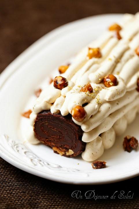Bûches et entremets de fête et trois recettes de glaçages (bûche chocolat caramel)