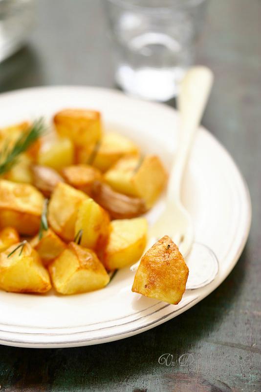 Pommes de terre rôties à la graisse de canard