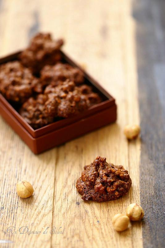 Brutti ma buoni, biscuits croustillants aux noisettes et cacao (sans beurre et sans gluten)