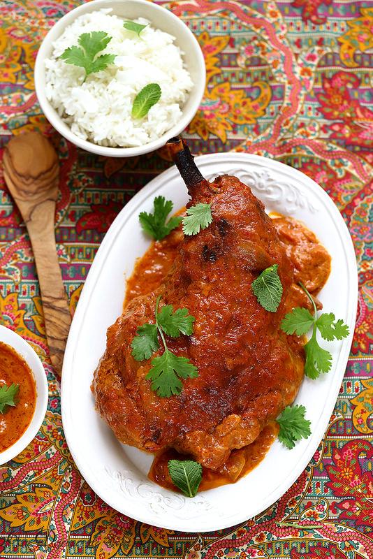 Épaule d'agneau au four à l'indienne (curry tandoori)