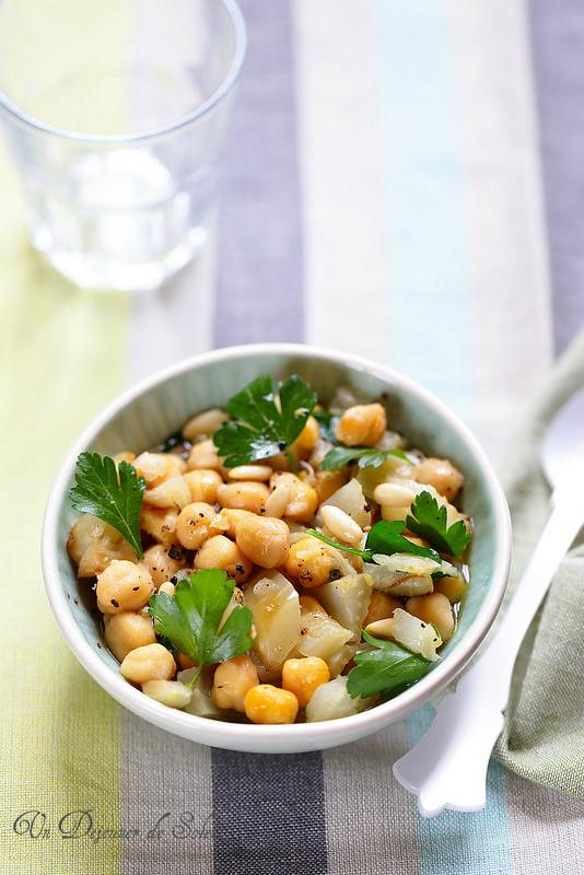 Salade de pois chiches et fenouil cuits au four