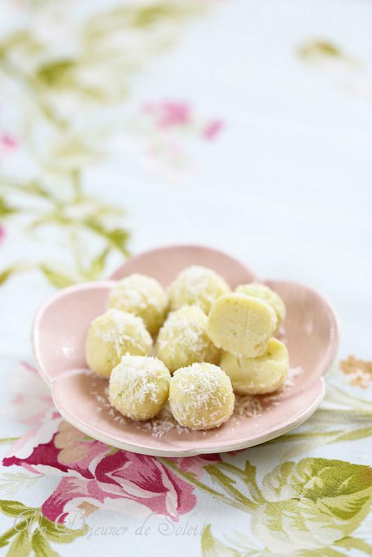 Chocolats et truffes maison : quatorze recettes et des conseils. Truffes chocolat blanc coco et citron vert