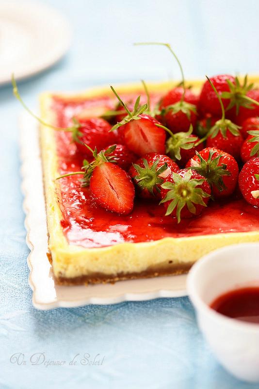 cheesecake au yaourt et aux fraises un d jeuner de soleil. Black Bedroom Furniture Sets. Home Design Ideas