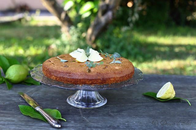 Gâteau aérien au citron et aux blancs d'oeuf (nuage)