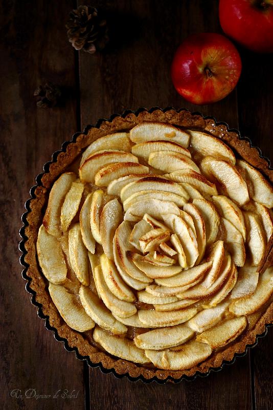 Tarte aux pommes avec compote