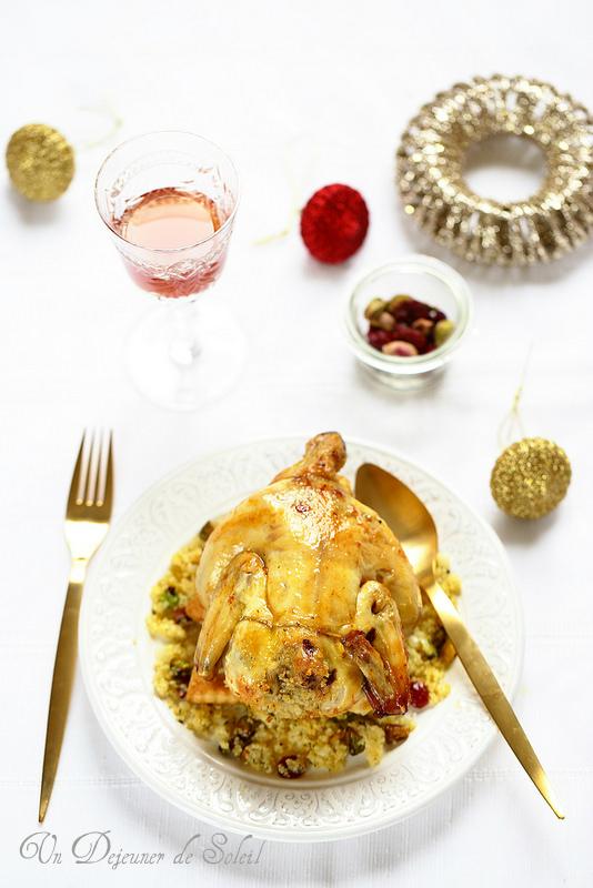 Poulet ou chapon farcis aux pistaches et cranberries