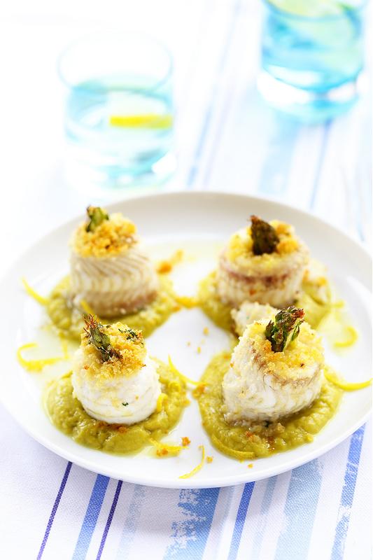 Vingt recettes avec les asperges. Roulés de sole, caviar d'asperges