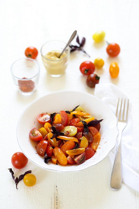 Salade de tomates cerise à la moutarde et paprika