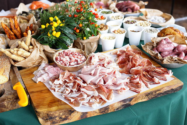 Table charcuterie italienne