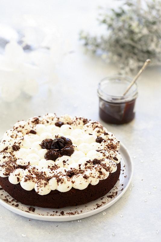 Gâteau au chocolat et aux pruneaux (sans beurre) pour les fêtes