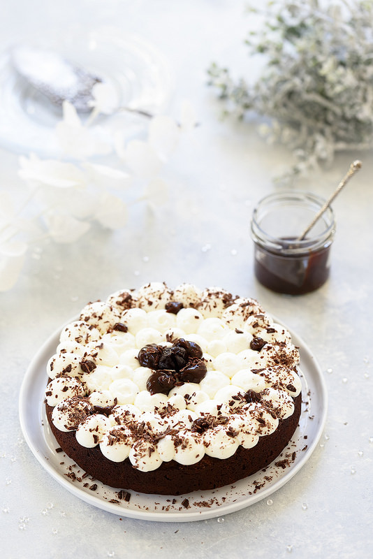 Gâteau au chocolat et aux pruneaux (sans beurre et sans gluten)