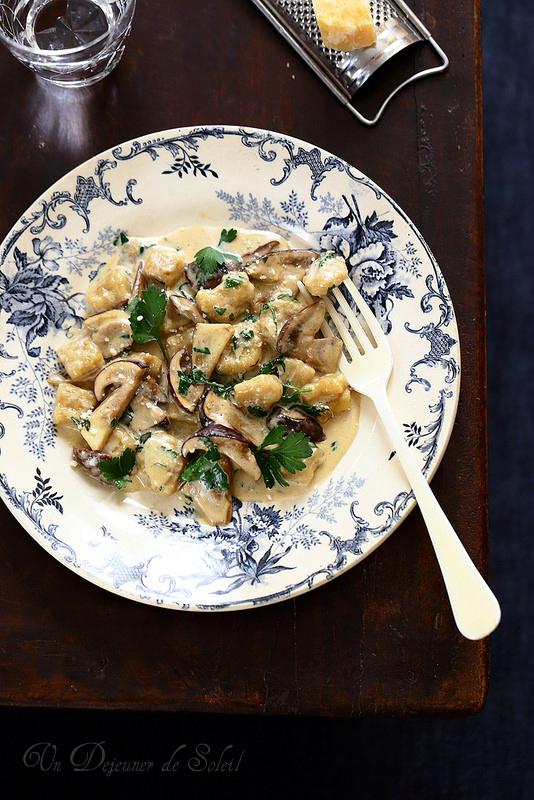 Vingt-cinq recettes avec les cèpes. Gnocchi sauce aux cèpes