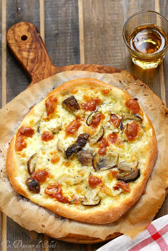 Vingt-cinq recettes avec les cèpes. Pizza cèpes et mozzarella