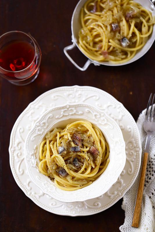 Pâtes vénitienne (anchois et oignons)