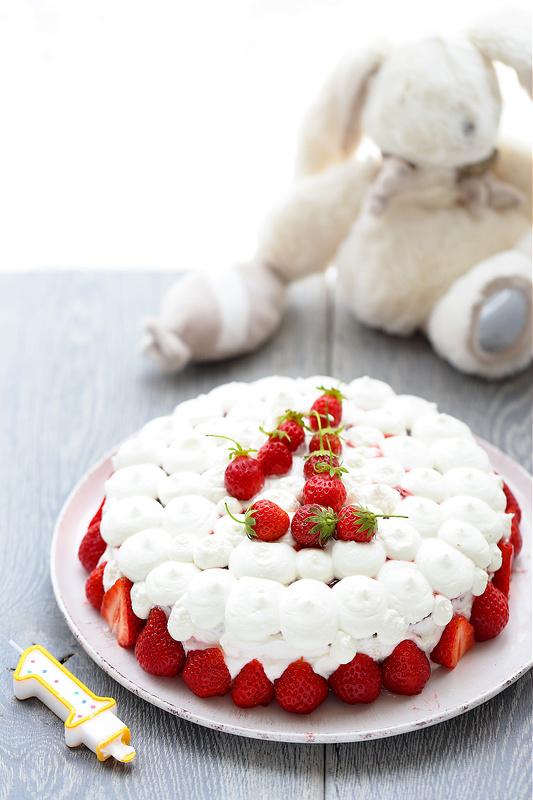 Que faire avec du yaourt ? Cinquante idees recettes faciles de l'aperitif au dessert et gateau d'anniversaire