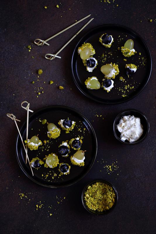 Billes raisin gorgonzola et pistaches pour apéritif