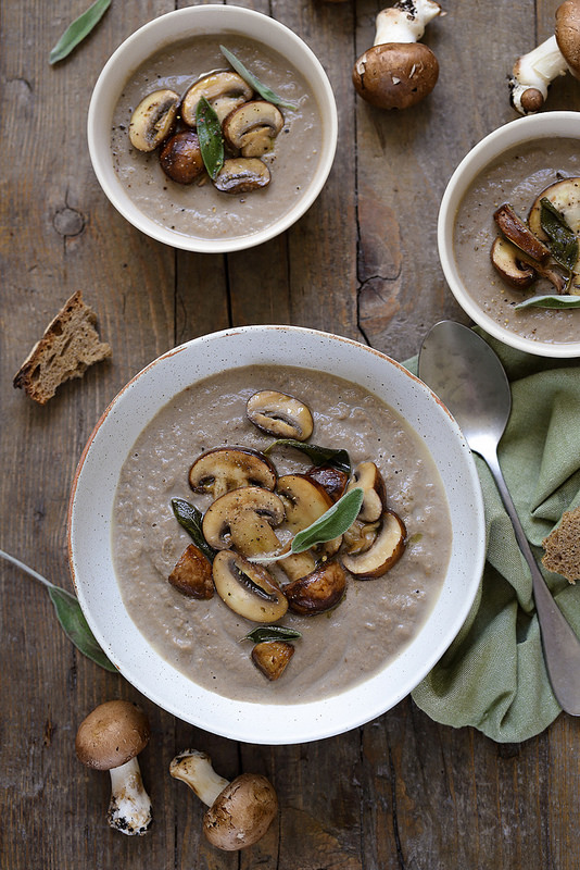 Velouté de champignons (soupe vegan)