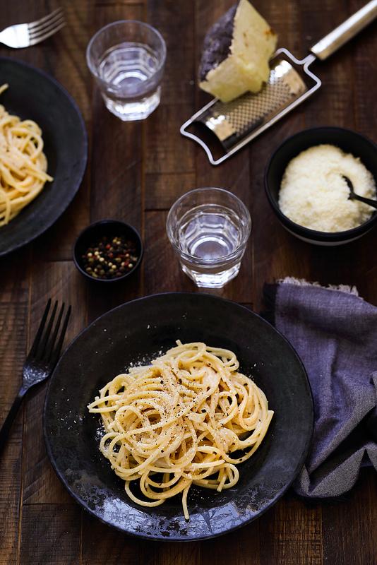 Réussir les pâtes cacio e pepe italiennes : la recette et le secret des chefs