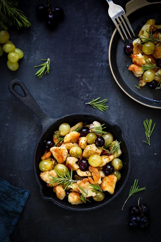 Poulet sauté au raisin frais - Recette rapide - Un déjeuner de soleil