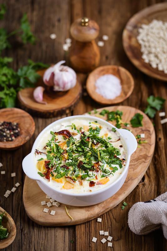 Gratin de crozets (croziflette) à la gremolata. Une recette facile et délicieuse.
