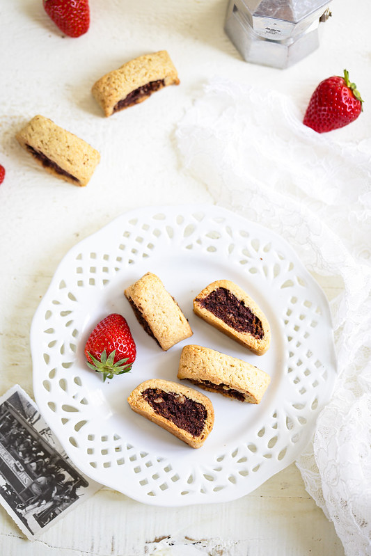 Biscuits napolitains fourres cacao cerises